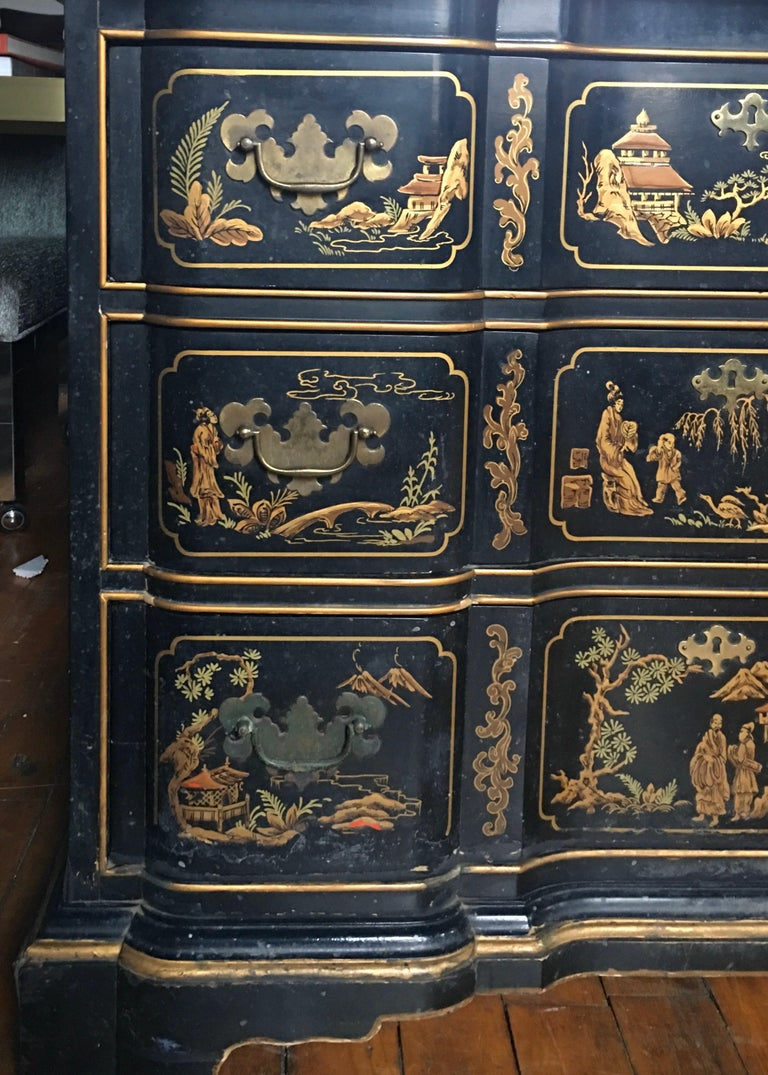 Chinoiserie Asian Style Serpentine Chest Dresser and Wall Mirror Set by Drexel For Sale 2