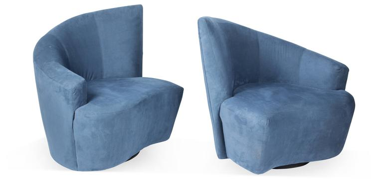 American Vladimir Kagan Bilbao Swivel Lounge Chairs for Weiman Preview, Pair For Sale