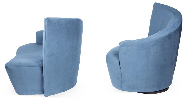 Vladimir Kagan Bilbao Swivel Lounge Chairs for Weiman Preview, Pair In Good Condition For Sale In Lambertville, NJ