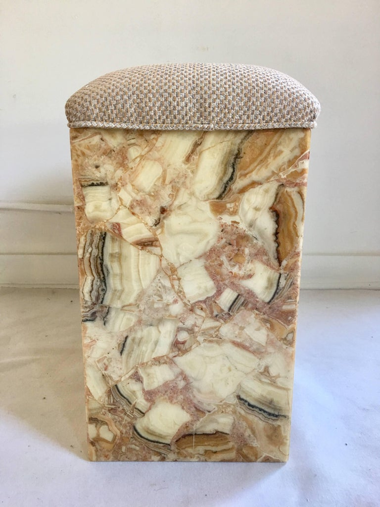 Mid-Century Modern Onyx Stone Bench, 1970s In Good Condition For Sale In Lambertville, NJ