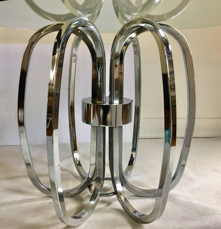 Mid-Century Modern Chrome and Glass Sculptural Round Side Accent Table, 1970s In Good Condition For Sale In Lambertville, NJ