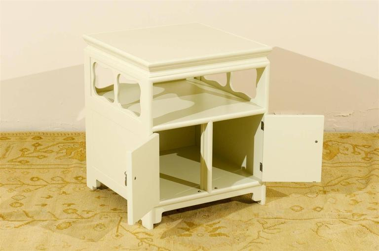 Restored Pair Of Vintage End Tables Or Nightstands By