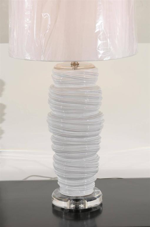 Gorgeous Pair of Ceramic and Lucite Soft Serve Style Lamps For Sale 3