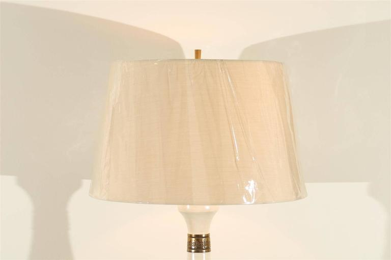 American Dazzling Restored Pair of Vintage Lamps by Fortune Lamp Company For Sale