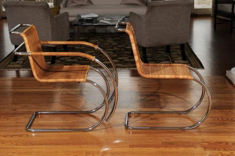 Pristine Set of Eight Italian Wicker Chairs in the Style of Mies van der Rohe For Sale 1