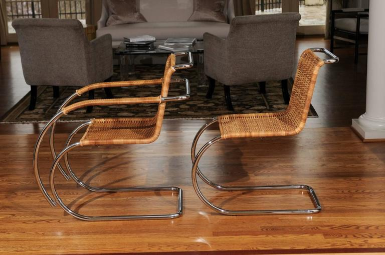 Pristine Set of Eight Italian Wicker Chairs in the Style of Mies van der Rohe For Sale 2
