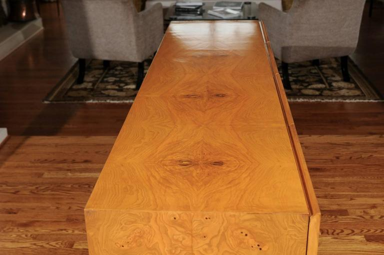 Late 20th Century Exemplary Bookmatched Olivewood Credenza by Milo Baughman for Thayer Coggin For Sale