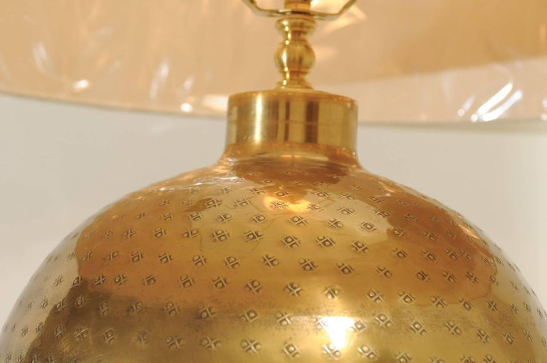 Dramatic Pair of Large-Scale Textured Brass Lamps, circa 1970 In Excellent Condition For Sale In Atlanta, GA