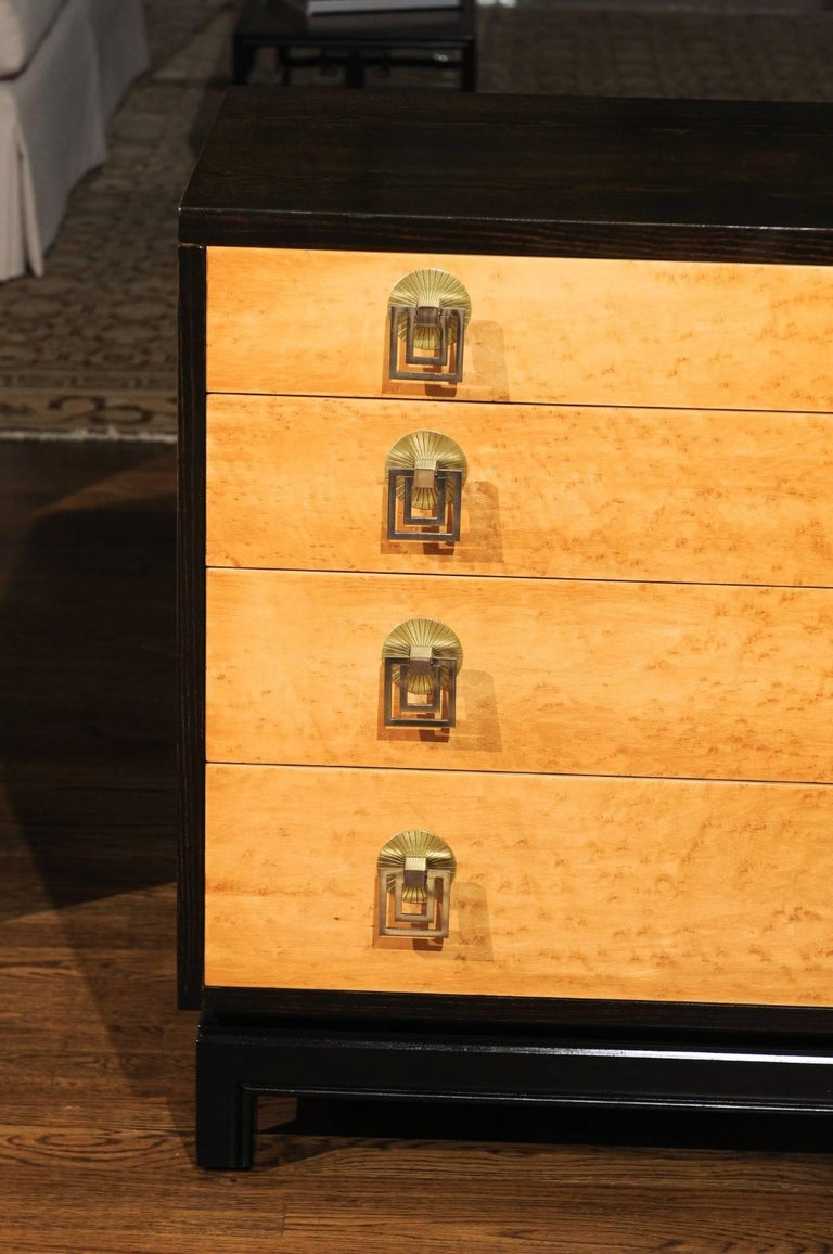 Breathtaking Pair of Chests by Renzo Rutili in Cerused Oak and Bird's-Eye Maple In Excellent Condition For Sale In Atlanta, GA