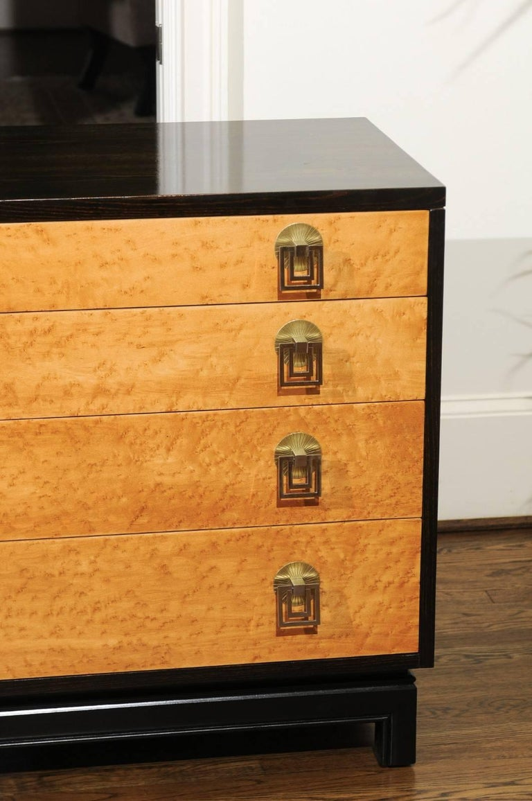 Mid-20th Century Breathtaking Pair of Chests by Renzo Rutili in Cerused Oak and Bird's-Eye Maple For Sale