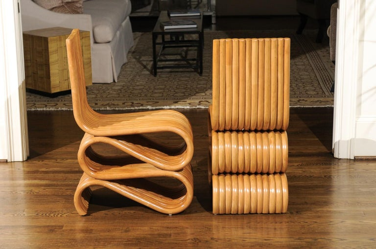 Exquisite Set of 8 Radiant Custom-Made Rattan Dining Chairs, circa 1995 For Sale 3