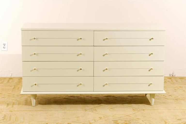 Mid-20th Century Modern Eight-Drawer Chest Restored in Cream Lacquer For Sale