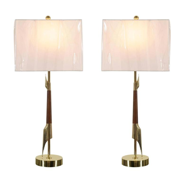 Restored Pair of Elegant Rembrandt Rocket Lamps in Walnut and Brass