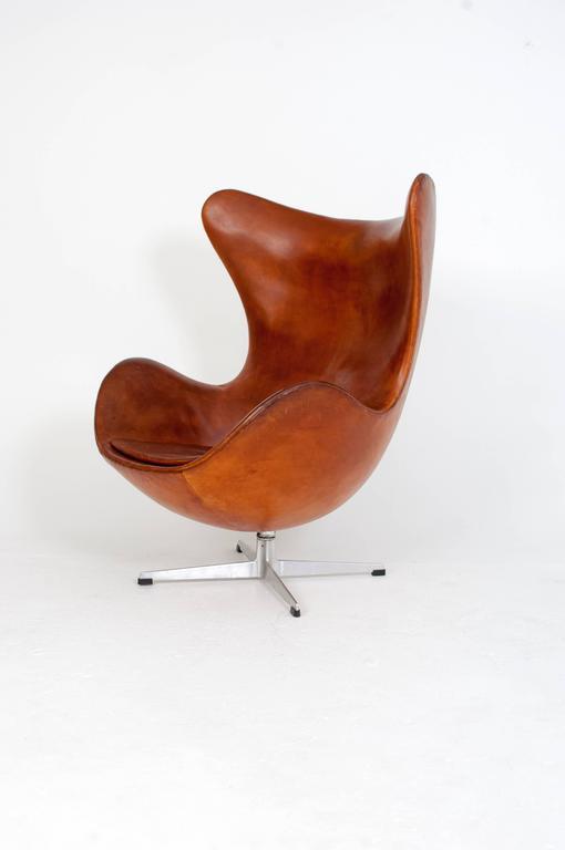 arne jacobsen egg chair at 1stdibs. Black Bedroom Furniture Sets. Home Design Ideas