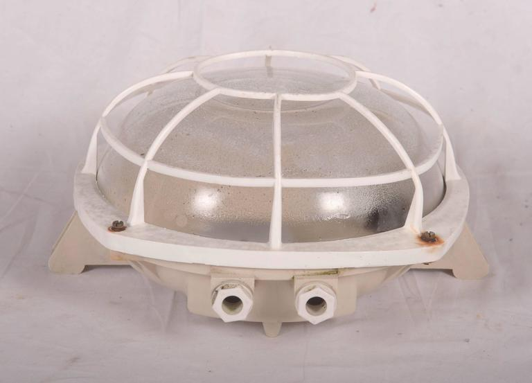Wall or Ceiling Industrial Lamp from 1970s In Excellent Condition For Sale In Vienna, AT