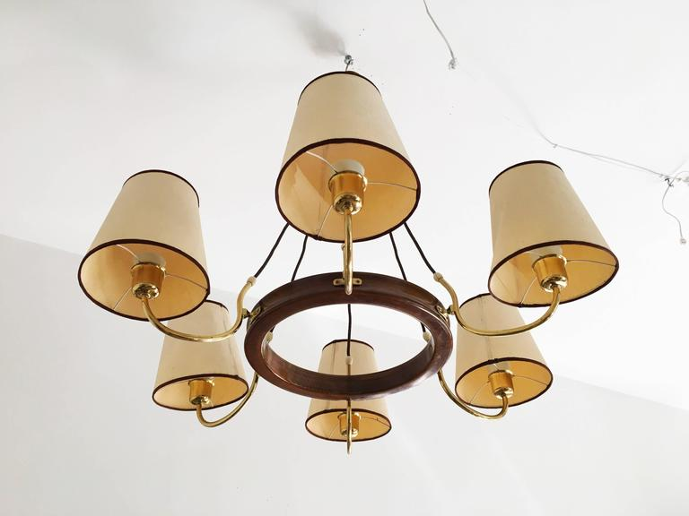 Beautiful Large Brass Chandelier Attributed to J.T. Kalmar For Sale 1