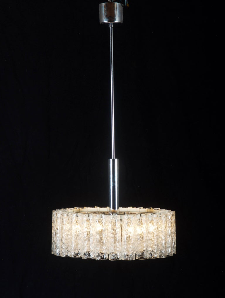 Elegant German Mid-Century Doria Textured Glass Chandelier For Sale 4
