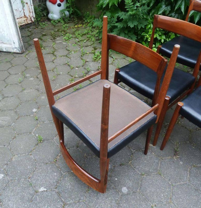 Set of Six Hardwood Dining Chairs in the Style of Møller 77 Chairs For Sale 4