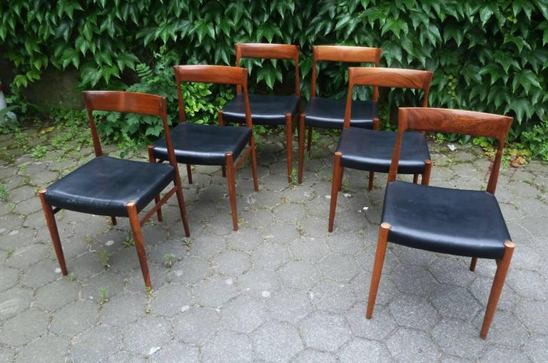 Set of Six Hardwood Dining Chairs in the Style of Møller 77 Chairs For Sale 1