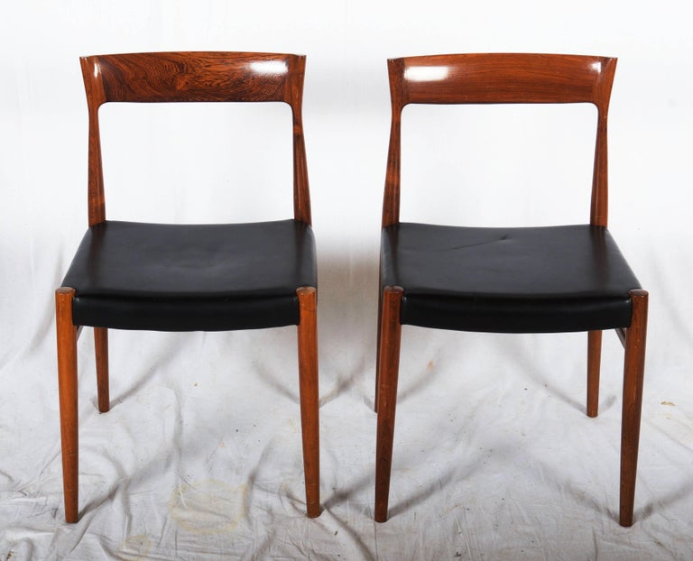 Scandinavian Modern Set of Six Hardwood Dining Chairs in the Style of Møller 77 Chairs For Sale