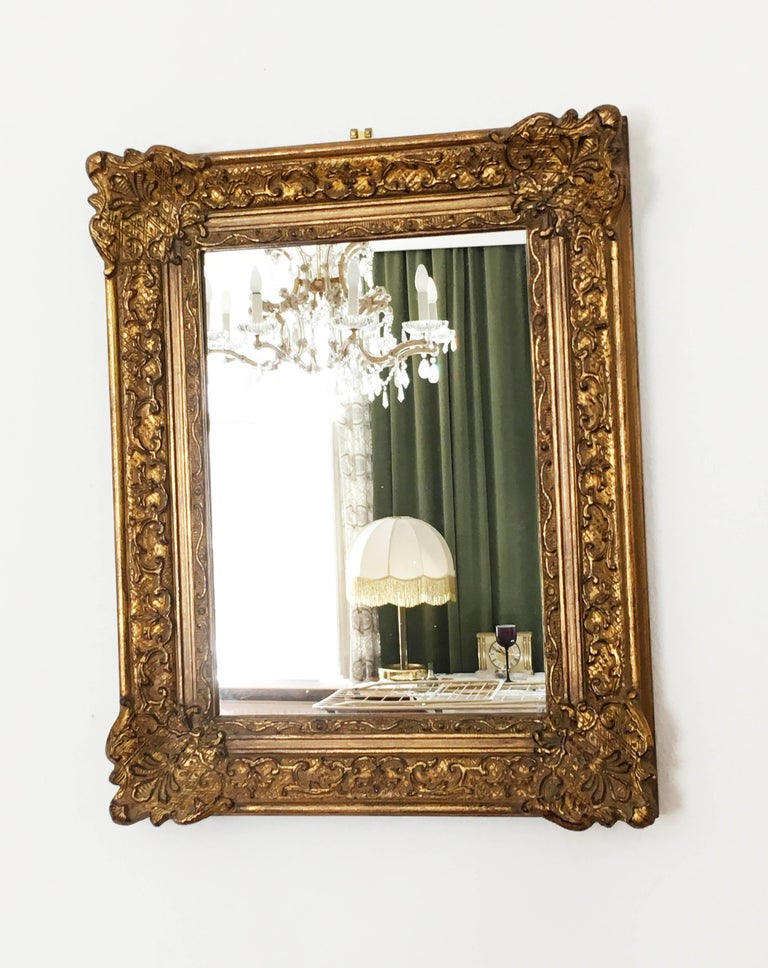Early 20th Century Baroque Style, Century Style Giltwood Carved Mirror In Good Condition For Sale In Vienna, AT