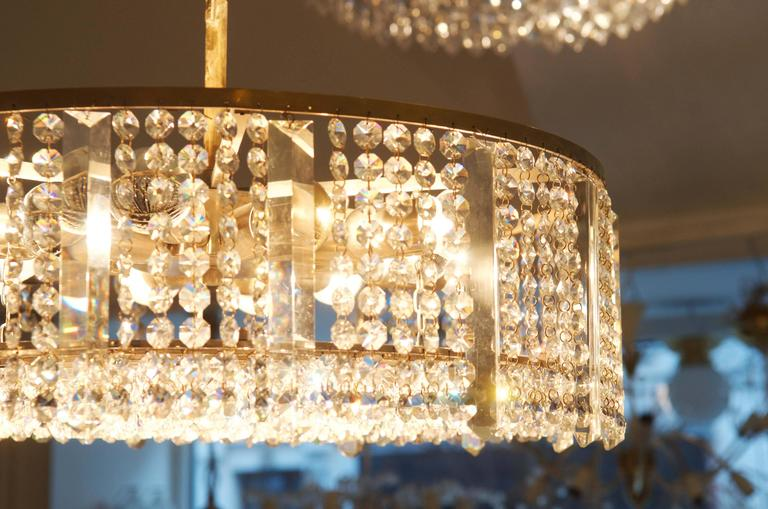 Austrian Cut Crystal Chandelier by Bakalowits & Söhne In Excellent Condition For Sale In Vienna, AT