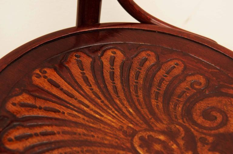 Bentwood Chairs Attributed to Thonet For Sale 1