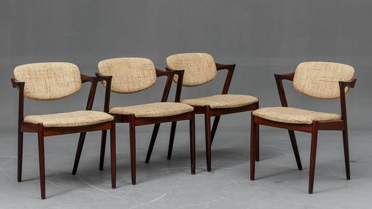 Scandinavian Modern Rosewood Chairs By Kai Kristiansen Model 42 For Sale