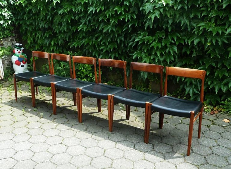 Set of Six Hardwood Dining Chairs in the Style of Møller 77 Chairs For Sale 3