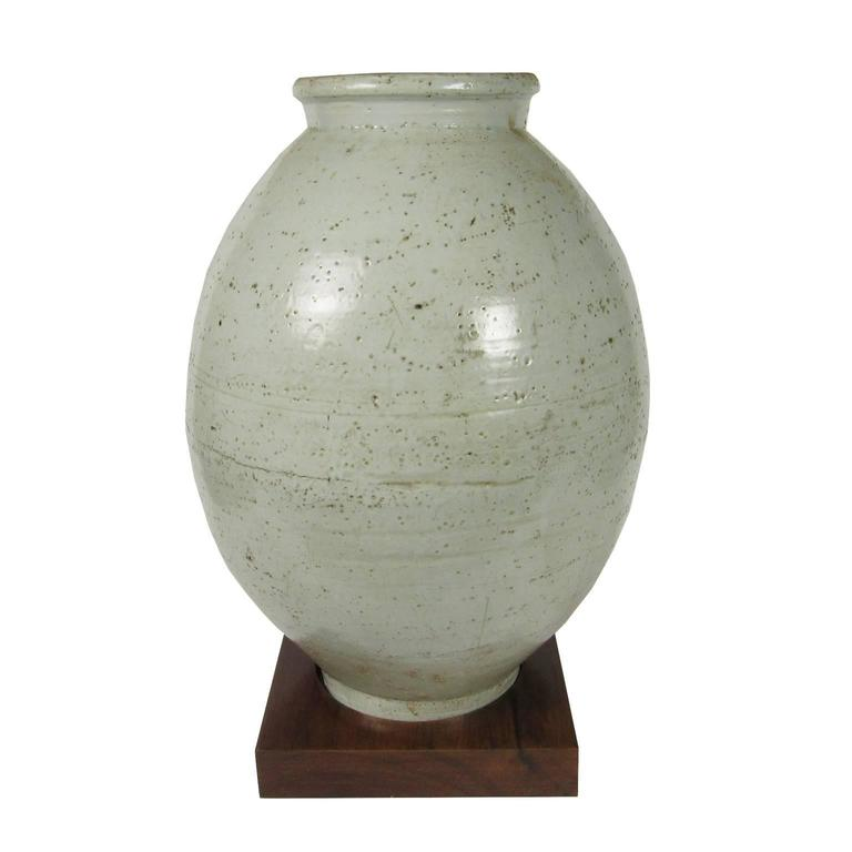 18th Century Antique Korean Moon Jar On Stand For Sale At 1stdibs