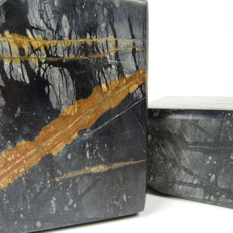 Vintage Pair of Variegated Marble Bookends In Good Condition For Sale In Concord, MA
