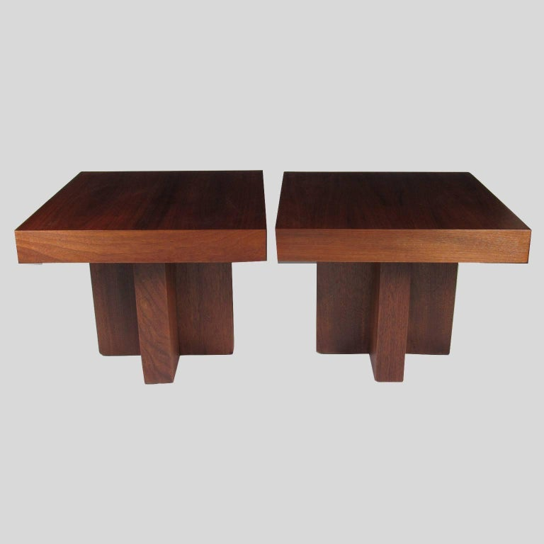 Pair of Milo Baughman Mid-Century Modern Square Side Tables 3