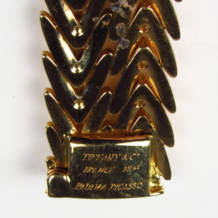Paloma Picasso Tiffany & Co. 18 Karat Yellow Gold Link Bracelet In Good Condition For Sale In Concord, MA