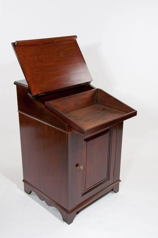 Antique Mahogany Davenport Writing Desk In Excellent Condition In Benington, Herts