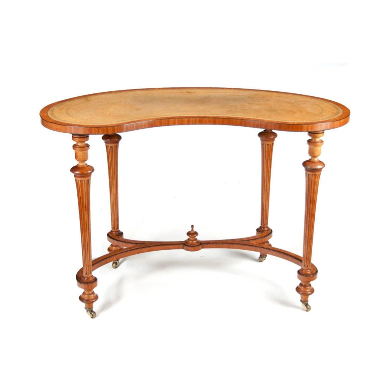 Leather Fine 19th Century Satinwood Kidney Shape Side Writing Table For Sale