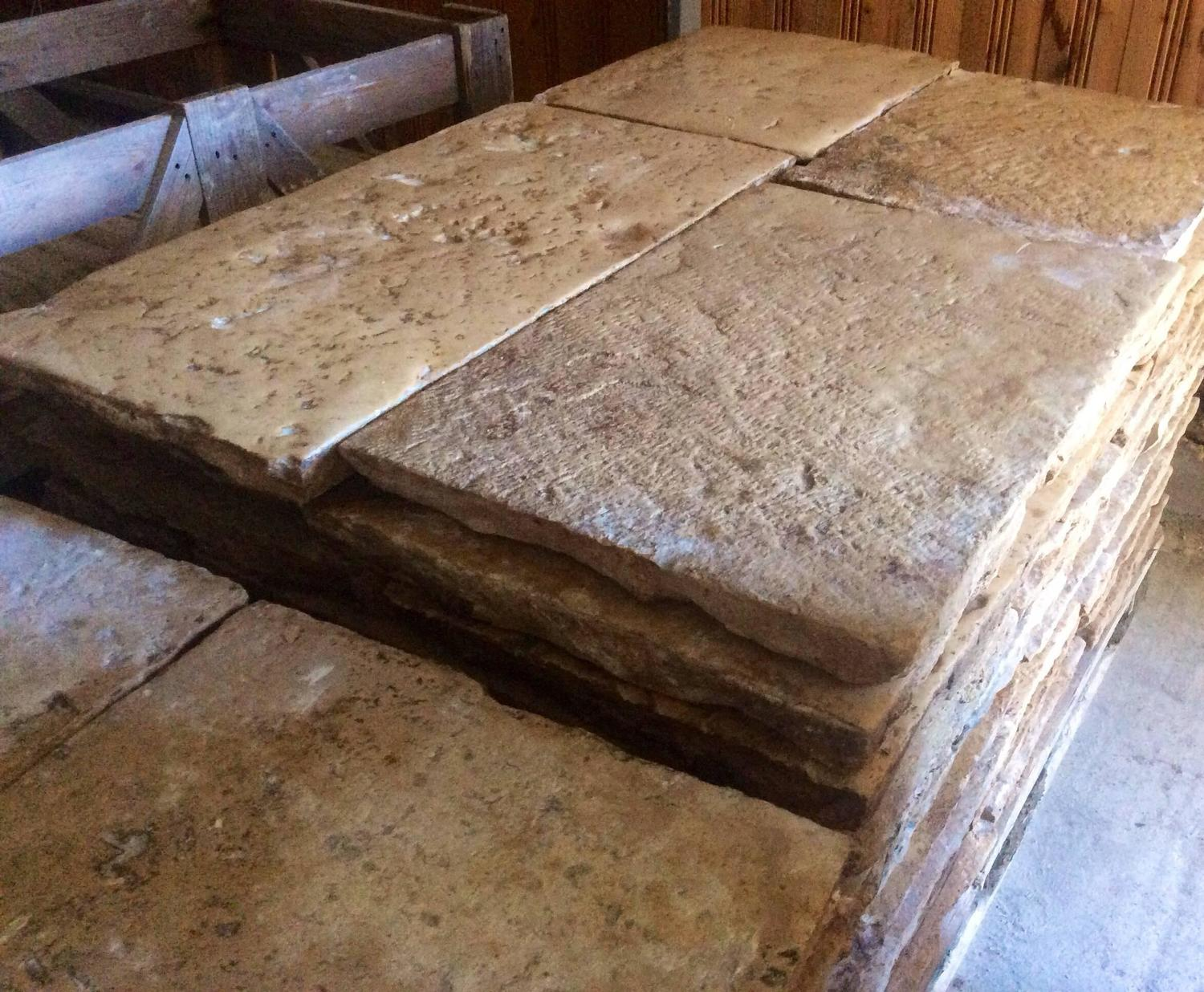 french antique reclaimed stone flooring age 17th 18th century for sale at 1stdibs. Black Bedroom Furniture Sets. Home Design Ideas