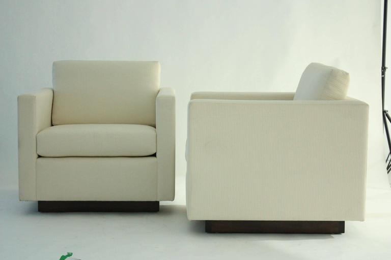 Mid-Century Modern Pair of Nicos Zographos Tuxedo Lounge Chairs For Sale