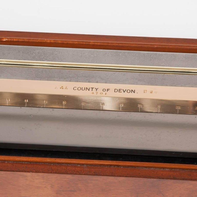 Cased Standard Yard Comparator Made by W. T. Avery for the County of Devon For Sale 1