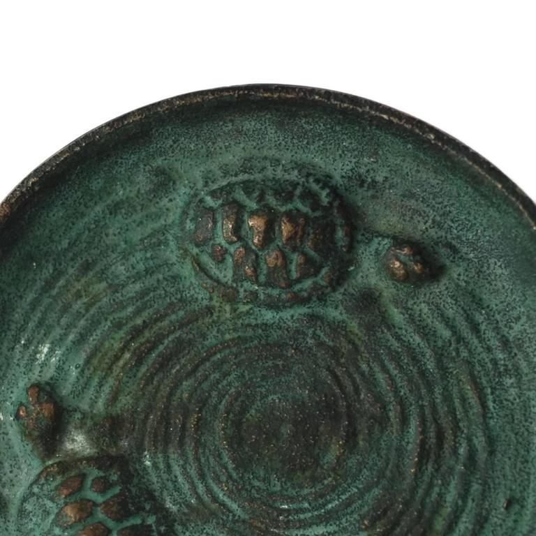 American Early 20th Century E.T. Hurley Bronze 'Swimming Turtles' Pin Dish Ashtray For Sale