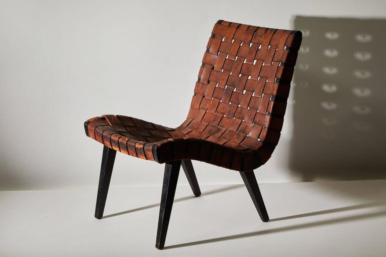 Early woven leather lounge chair by Jens Risom for Knoll. Made in USA, circa 1950s.
