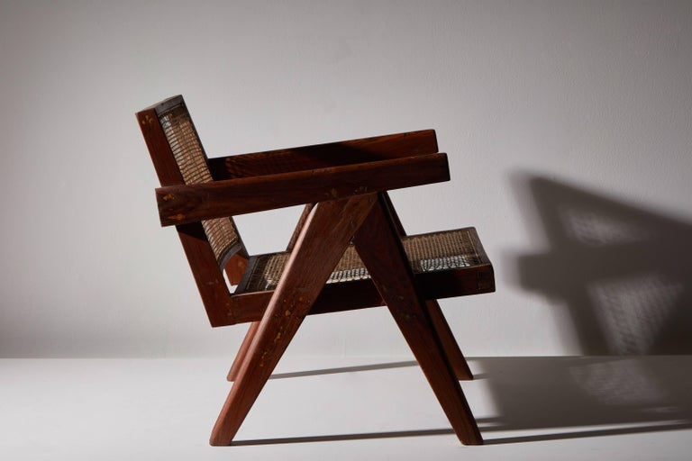 Pair of Easy Armchairs by Pierre Jeanneret For Sale 2