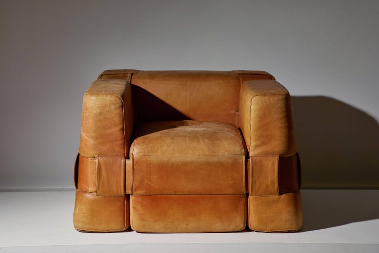 Cassina 932 Armchair by Mario Bellini 3