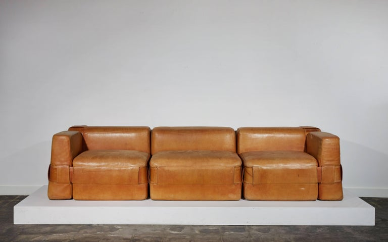 Cassina 932 Sofa Range by Mario Bellini 10