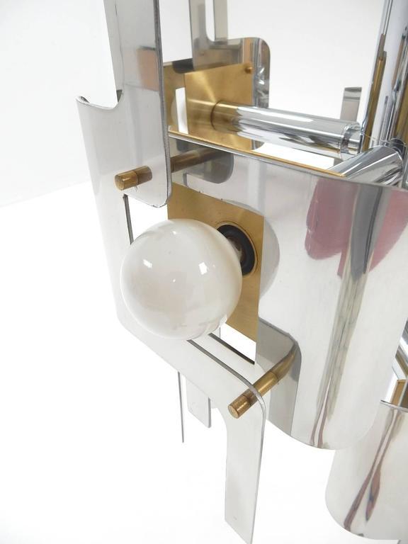 1970s Gaetano Sciolari Sculptura Chrome and Brass Chandelier Lamp In Good Condition For Sale In Las Vegas, NV