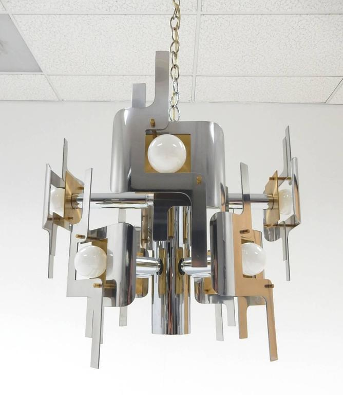 1970s Gaetano Sciolari Sculptura Chrome and Brass Chandelier Lamp For Sale 1