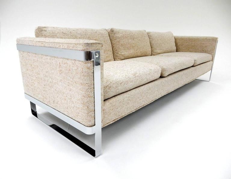 Mid-Century Modern 1970s Milo Baughman Chrome Sofa For Sale