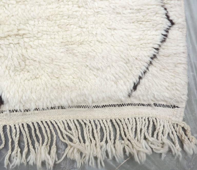 Oversized Ivory Beni Ouarain Carpet At 1stdibs