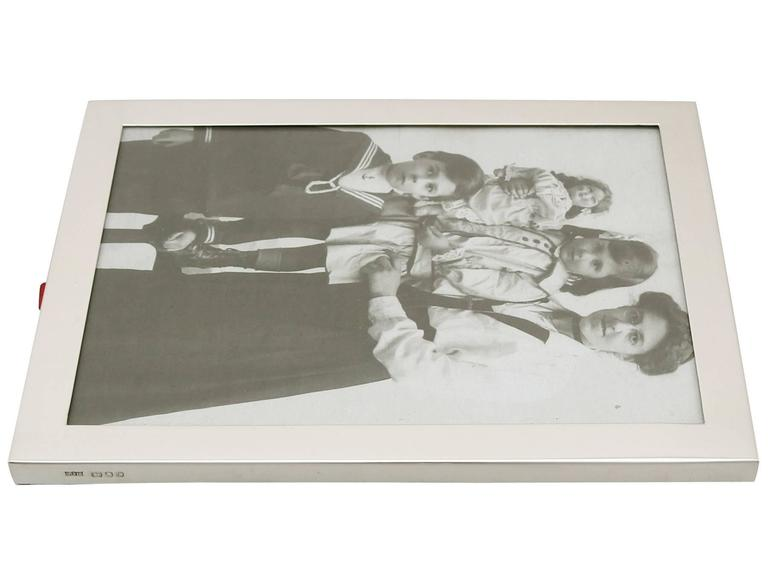 Antique Sterling Silver Photograph Frame For Sale 1