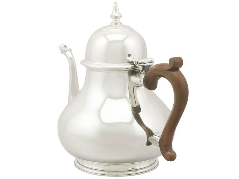 English Vintage Sterling Silver Teapot, 1975 For Sale