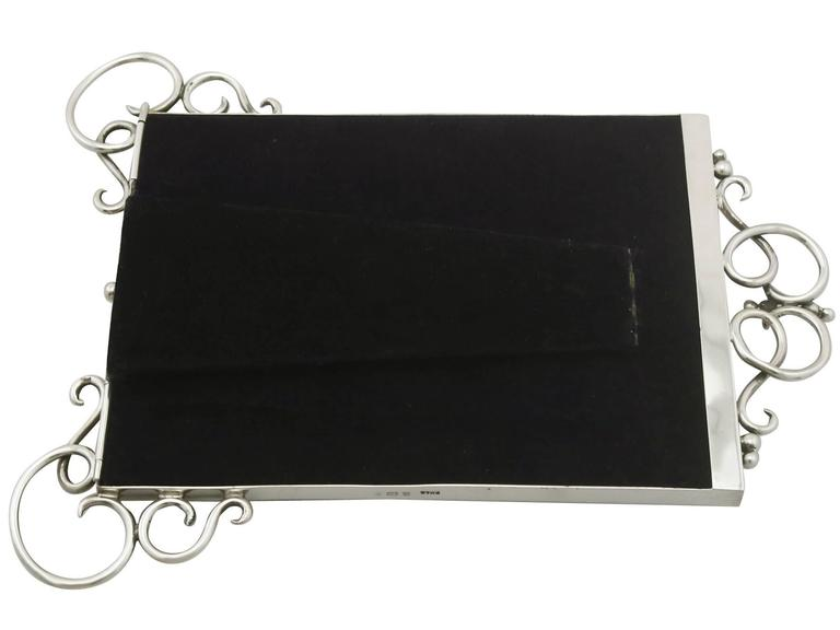 20th Century Antique Edwardian Sterling Silver Photograph Frame For Sale